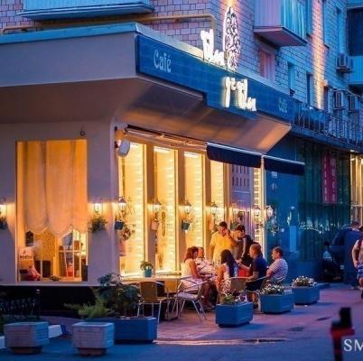 Blanc deBlancs Cafe