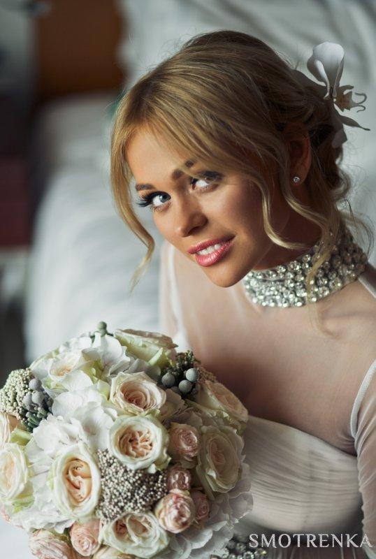 MHoliday WEDDING